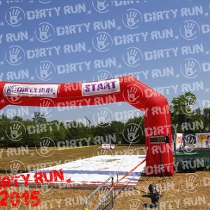 """DIRTYRUN2015_PEOPLE_047 • <a style=""""font-size:0.8em;"""" href=""""http://www.flickr.com/photos/134017502@N06/19661413578/"""" target=""""_blank"""">View on Flickr</a>"""